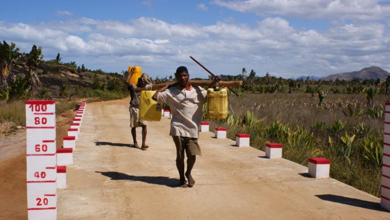 Od czego zaczyna się zdrowie? Lekcje higieny w szkole na południu Madagaskaru